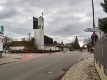 Querungshilfe geplant Karl-Böhm-Strasse