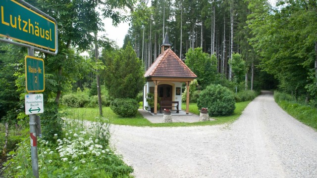 Kapelle im Wald bei Pfaffing, 2019