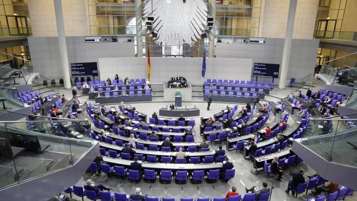 Deutscher Bundestag 196. Sitzung Plenum und Debatte Aktuell, 27.11.2020, Berlin, Symbolbild des Plenum bei der 196. Sit