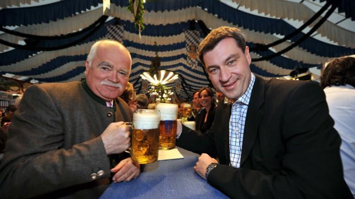 Fürstenrieder Frühlingsfest München Peter Gauweiler L und Marcus Söder beide CSU 04 04 2011