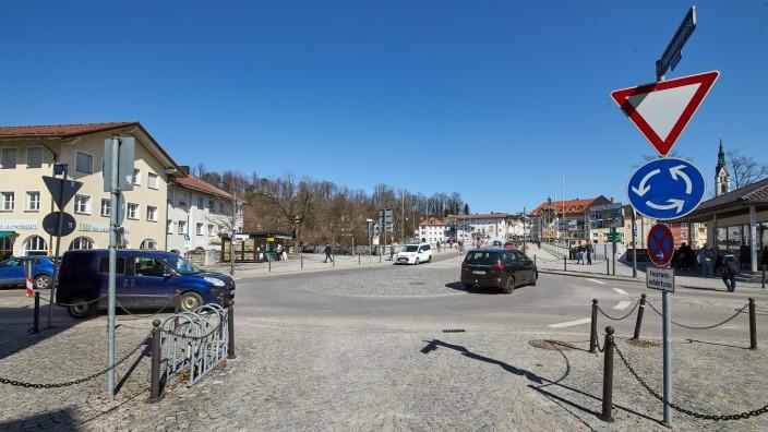Kreisverkehr am Amortplatz