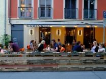 Schanigarten in München in Zeiten der Corona-Krise, 2020