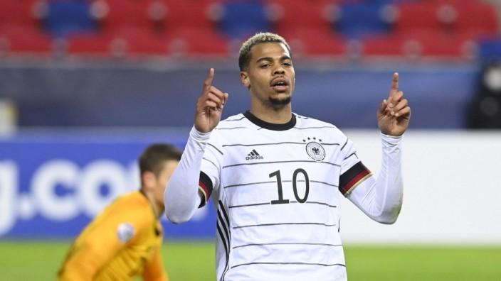 Lukas Nmecha jubelt im Trikot der deutschen U21