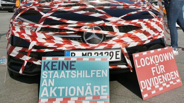 Protestveranstaltung zur Hauptversammlung der Daimler AG