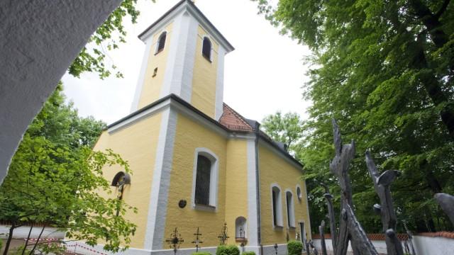 München, Harlaching, St.-Anna-Kirche restauriert,