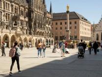 Inzidenz über 100: Kommt bald die Notbremse?, Die Münchner Innenstadt ist am 31.3.2021 bei Sonnenschein, frühlingshaften