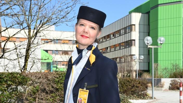 Stewardess Kathrin  Wernera rbeitet jetzt als Krankenschwester.