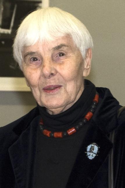 Porträt: Künstlerin Else Bechteler.