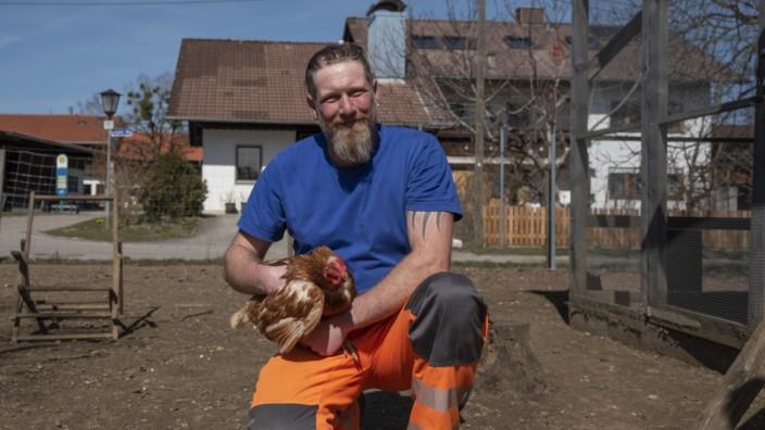 Sauerlach, Altkirchen, Familie Bock fängt gerade mit Hühner- und Gänsehaltung an