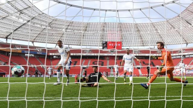 Football: Bundesliga - day 27: Bayer Leverkusen v Schalke 04