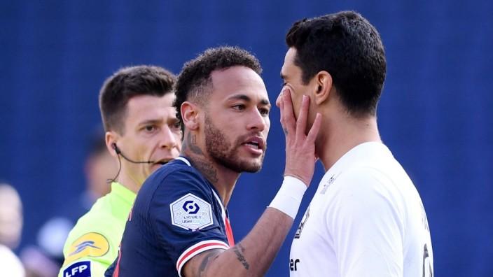 10 NEYMAR JR (PSG) - 21 BENJAMIN ANDRE (LIL) - COLERE - ALTERCATION FOOTBALL : Paris SG vs Lille - Ligue 1 Uber Eats - 0