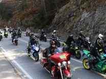 Motorrad-Demo am Kesselberg