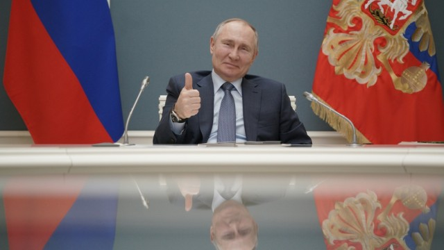 FILE PHOTO: Russian President Vladimir Putin attends a foundation-laying ceremony for the third reactor of the Akkuyu nuclear plant in Moscow