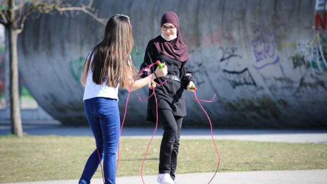 Auch Seilspringen wird beim Hood Training angeboten.