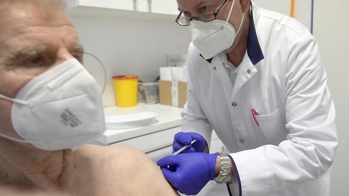 Corona-Impfung bei einem Hausarzt