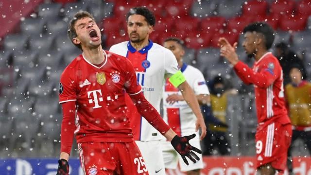 FC Bayern München: Thomas Müller schimpft nach einer Chance gegen Paris Saint-Germain