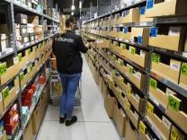 Online Shopping Order Handling at a Zalando SE Logistics Center