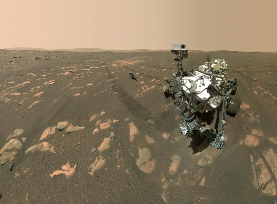 """Mars-Rover macht Selfie mit Hubschrauber ´Ingenuity"""""""