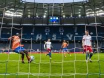 09.04.2021, xkvx, Fussball 2.Bundesliga, Hamburger SV - SV Darmstadt 98 emspor, emonline, v.l. Goal scored, Tor zum 0:1