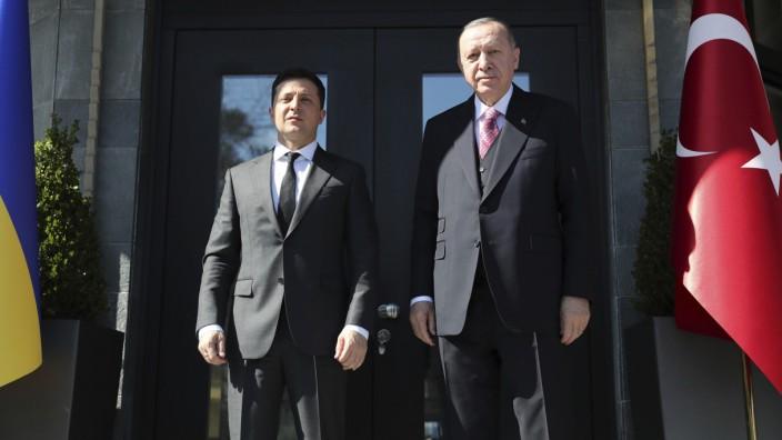 Ukrainischer Präsident Selenskyj besucht die Türkei