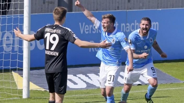 10.04.2021, Fussball 3. Liga 2020/2021, 31. Spieltag, TSV 1860 München - SC Verl, im Grünwalder Stadion München, Torjub
