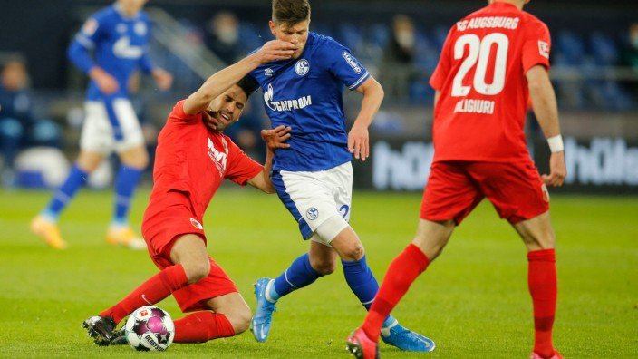 Football: Bundesliga - day 28: Schalke 04 v Augsburg
