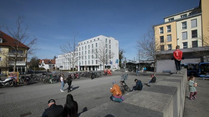 Walter-Sedlmayr-Platz Feldmoching