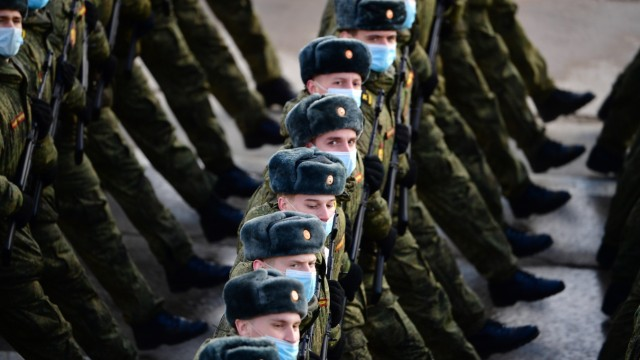 Russland: Militärparade in Moskau