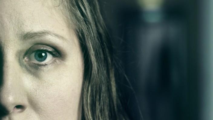 dasvinzenz: RETNECBOJ Das unsichtbare Grauen - Eine Horrorcollage von Grosse Maschen dasvinzenz lädt ein zur Streaming-Premiere von RETNECBOJ am 1.4.21 um 20.00 Uhr
