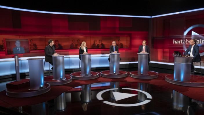 """Titel: Showdown der Kandidaten âÄ"""" verstolpert die Union das Kanzleramt?; hart aber fair"""" am Montag, den 12.04.2021"""