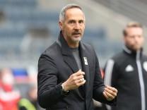 Bundesliga - Eintracht Frankfurt v VfL Wolfsburg