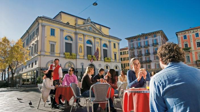 Dolce Vita im Tessin: Lugano zwischen Bausünden und Postkartenidyll