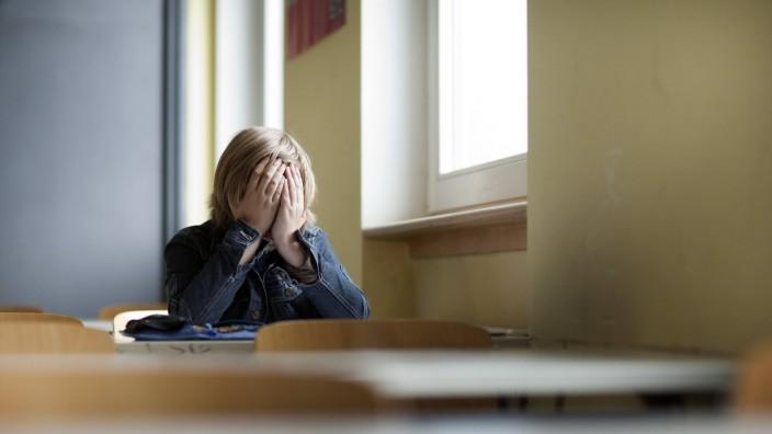 Anders als Lehrerinnen haben Mediatoren die Möglichkeit, auf Kinder, denen es nicht gut geht, einzeln einzugehen.