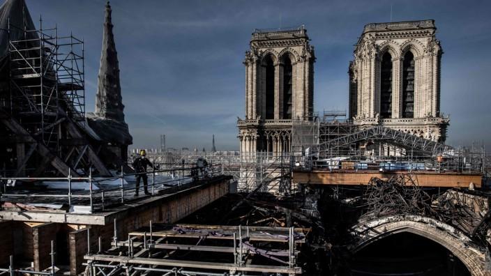 Wiederaufbau von Notre-Dame nach dem Brand 2019