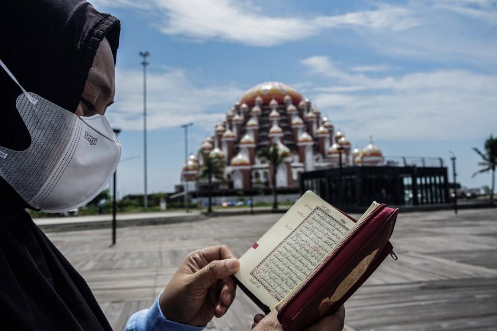Ramadan auf der Insel Sulawesi, Indonesien.