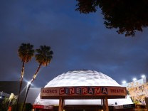 Hollywood's Famed Cinerama Dome To Close