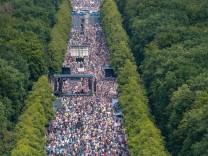 Geschichtspolitik: Deutscher Frühling
