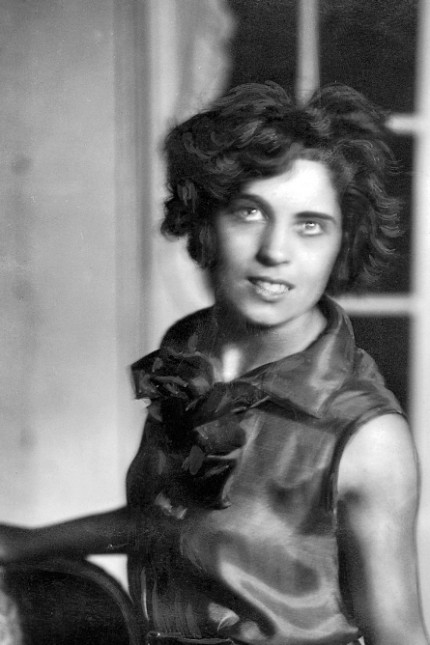 "Carola Neher in ""Kukuli"", 1926"