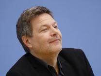 Robert Habeck, Bundesvorsitzender von BÜNDNIS 90/DIE GRÜNEN, Deutschland, Berlin, Bundespressekonferenz, Thema: BÜNDNIS