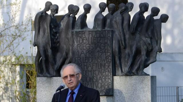 Interview: Abba Naor ist einer der wenigen noch lebenden Zeitzeugen des Todesmarsches. Das Denkmal des Bildhauers Hubertus von Pilgrim steht an 22 Orten, an denen die Häftlinge vorbeikamen.