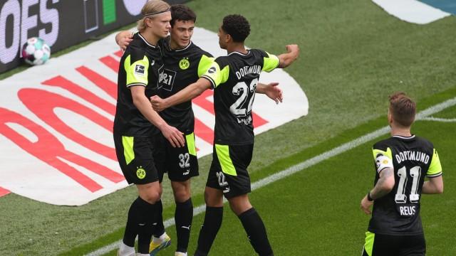 Football: Bundesliga - day 29: Borussia Dortmund v Werder Bremen