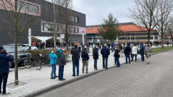 Impfschlange Realschule Dachau