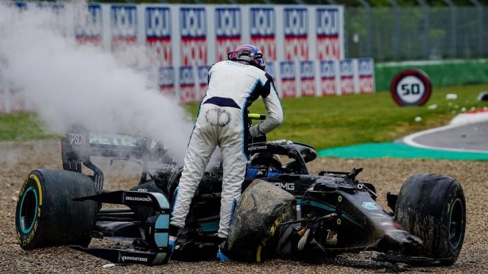 Formel 1 in Imola: George Russell brüllt nach einem Unfall auf Valtteri Bottas ein