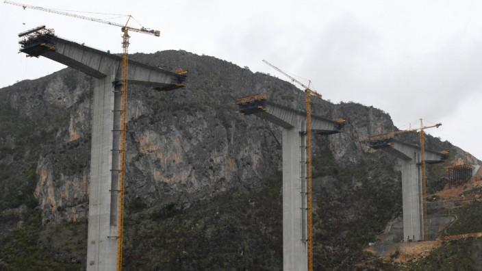 Montenegro Autobahn China