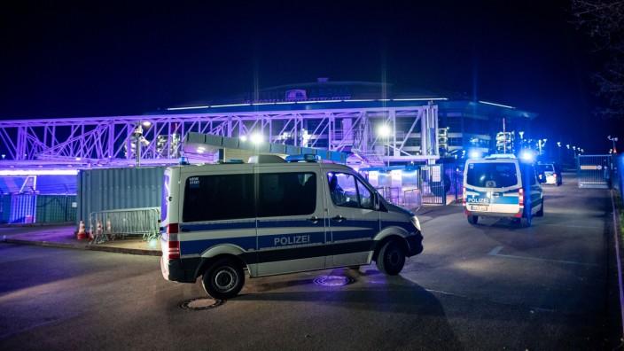 Schalke 04: Polizeieinsatz nach dem Spiel gegen Arminia Bielefeld
