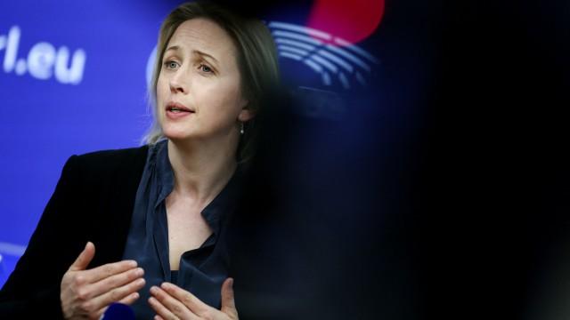 """EU-Klimaziele: """"Wir werden auch im nächsten Jahrzehnt die weltweite Führungsrolle übernehmen"""": die schwedische Europa-Abgeordnete Jytte Guteland am Mittwoch."""