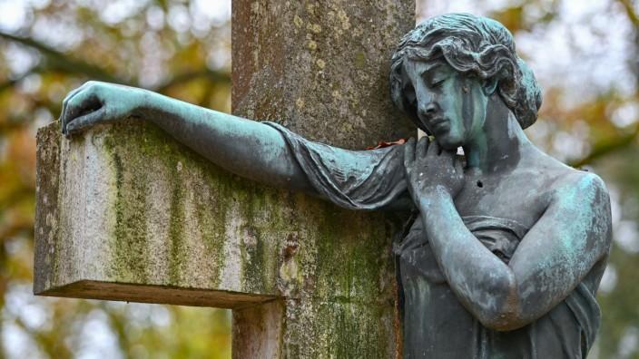 Bundestag berät über Suizidhilfe
