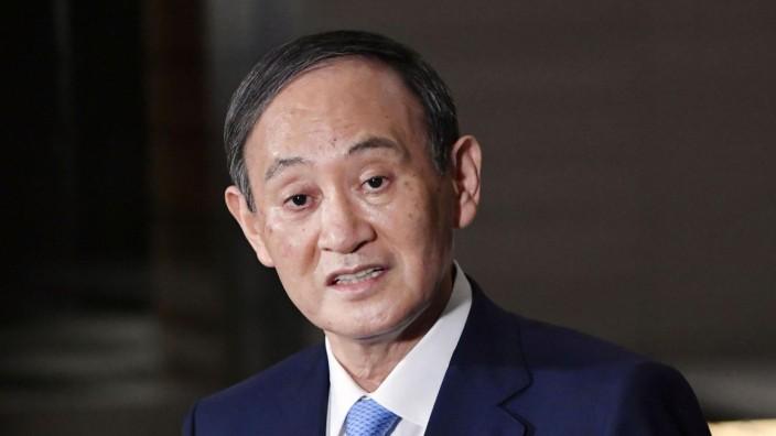 Japans Regierungschef opfert für umstrittenen Yasukuni-Schrein