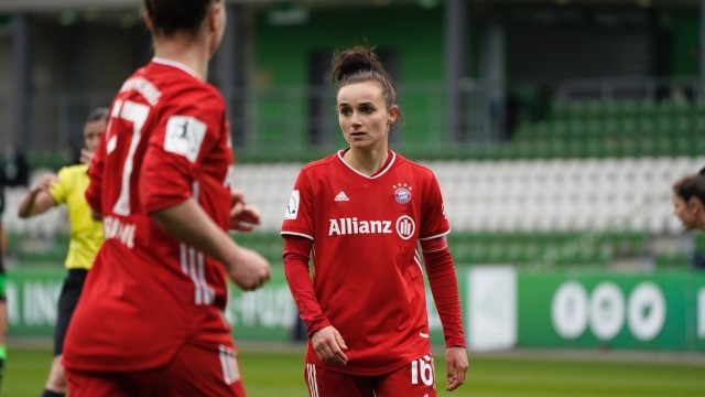 Wolfsburg, Germany, April 4th 2021: Lina Magull ( 16 Bayern ) during the Woman DFB Pokal semi-final game between VfL Wol; Fußball - Frauen - FC Bayern Lina Magull