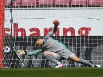 Fussball 1.Bundesliga, FSV Mainz 05 - FC Bayern Muenchen 24.04.2021, xpsx, Fussball 1.Bundesliga, FSV Mainz 05 - FC Bay; Manuel Neuer